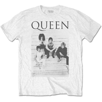 Queen Shirt Stairs